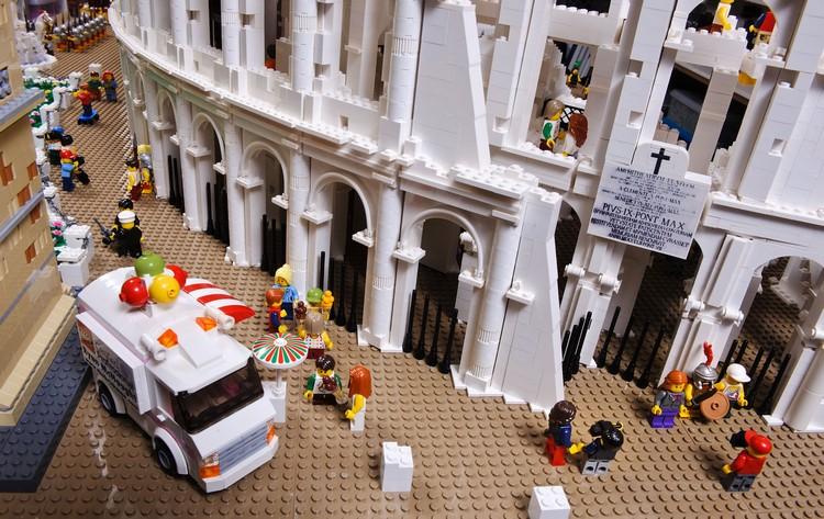 Colosseo di Lego